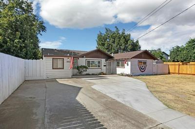 990 JULIAN ST, Turlock, CA 95380 - Photo 2