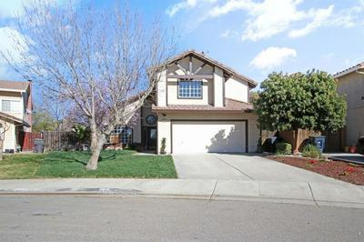 820 COLONIAL LN, TRACY, CA 95376 - Photo 2