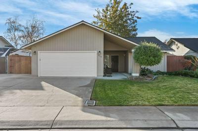 398 VALLEY AVE, Lodi, CA 95240 - Photo 1