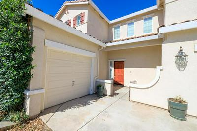 5427 FEATHER CT, Riverbank, CA 95367 - Photo 2