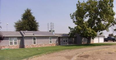13701 E KETTLEMAN LN, Lodi, CA 95240 - Photo 2