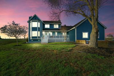 13976 FLAGSTAFF DR, Elk Grove, CA 95683 - Photo 2