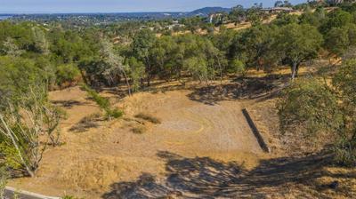 5010 GREYSON CREEK DR, El Dorado Hills, CA 95762 - Photo 2