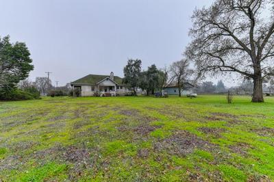 9500 COSUMNES RD, WILTON, CA 95693 - Photo 2