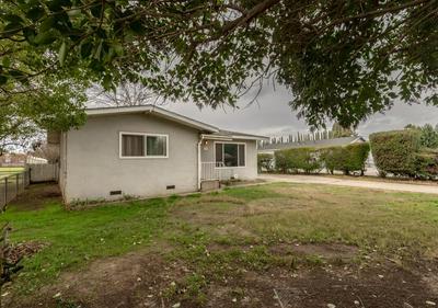 429 E ST, Modesto, CA 95357 - Photo 2
