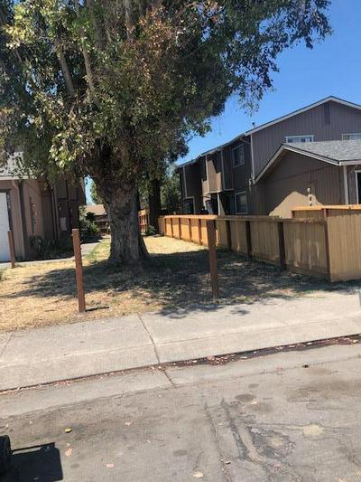 8063 BERNAY DR, Stockton, CA 95210 - Photo 1