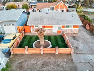 1538 CHRONICLE AVE, Stockton, CA 95205 - Photo 2
