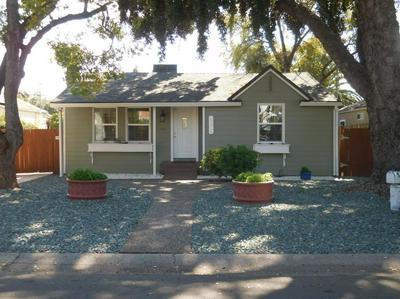 690 BLACKWOOD ST, SACRAMENTO, CA 95815 - Photo 1