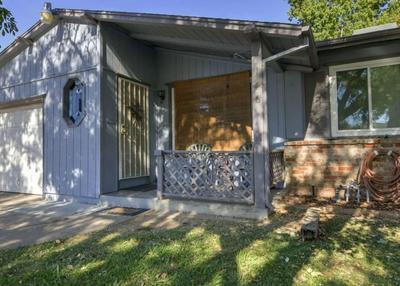 1956 WATERFORD RD, SACRAMENTO, CA 95815 - Photo 1