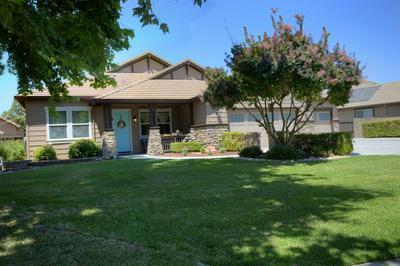 3901 WELLINGTON LN, Turlock, CA 95382 - Photo 2