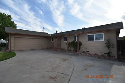 1401 CAROLYN AVE, Escalon, CA 95320 - Photo 2
