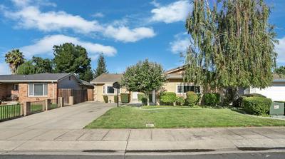215 RUTLEDGE DR, Lodi, CA 95242 - Photo 2