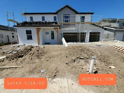 1632 RYEGRASS WAY, Los Banos, CA 93635 - Photo 1