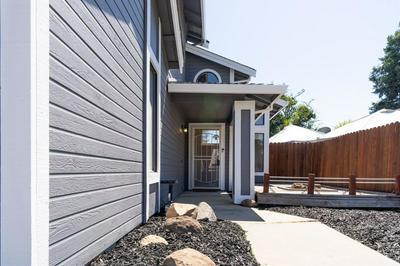 8232 BLUEHAVEN CT, Antelope, CA 95843 - Photo 2