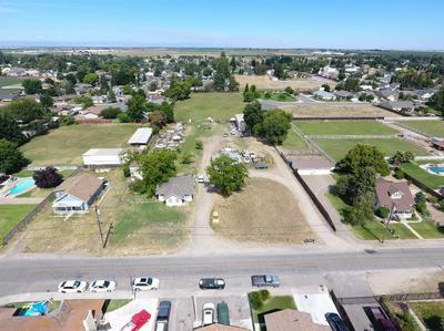 4216 N SPERRY RD, DENAIR, CA 95316 - Photo 1