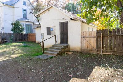 345 W 22ND ST, Merced, CA 95340 - Photo 2