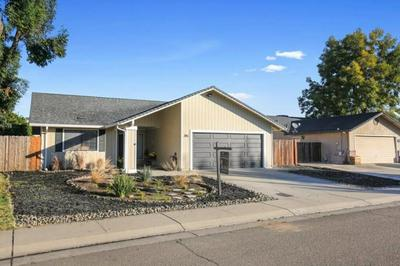 395 ELGIN AVE, Lodi, CA 95240 - Photo 1