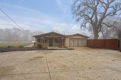 4925 S ESCALON BELLOTA RD, Farmington, CA 95230 - Photo 2