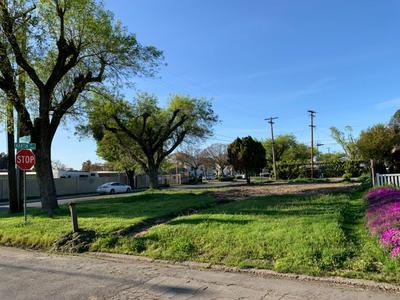 1833 IDALOU AVE, Modesto, CA 95350 - Photo 1