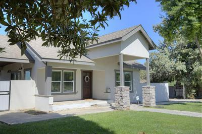10480 LIBERTY AVE, Livingston, CA 95334 - Photo 2