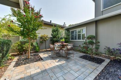 5901 KAHARA CT, Sacramento, CA 95822 - Photo 2