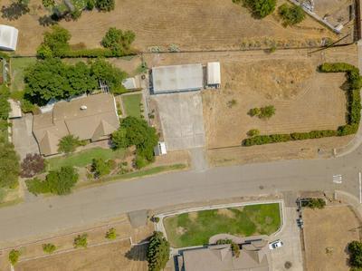 8018 GOLD PHEASANT CT, Elverta, CA 95626 - Photo 2