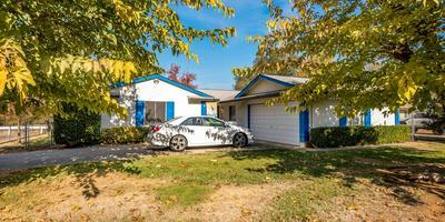 10637 AMBASSADOR DR, Rancho Cordova, CA 95670 - Photo 2
