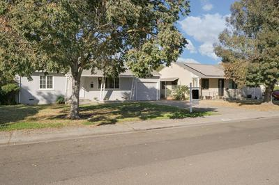 79 W ESSEX ST, Stockton, CA 95204 - Photo 2