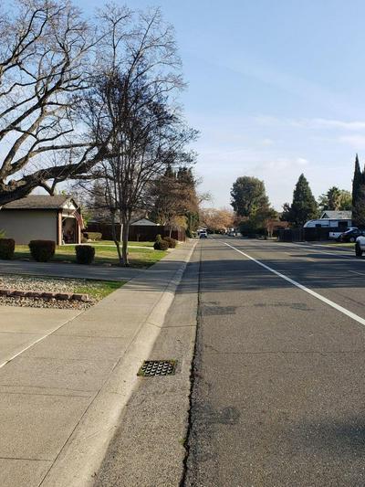 2561 QUEENWOOD DR, Rancho Cordova, CA 95670 - Photo 2