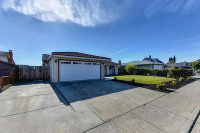 231 LARKSPUR LN, Fairfield, CA 94533 - Photo 2