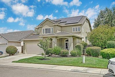 2637 ALLEGIANCE LN, Riverbank, CA 95367 - Photo 2