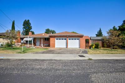 944 TERRACE DR, Oakdale, CA 95361 - Photo 1