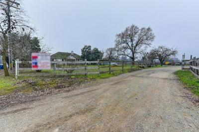 9500 COSUMNES RD, WILTON, CA 95693 - Photo 1