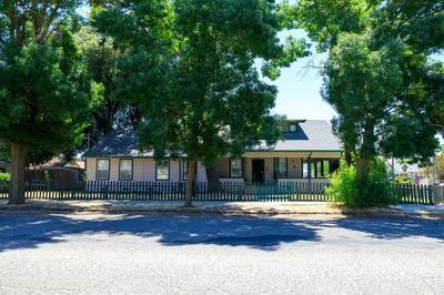 205 E H ST, Oakdale, CA 95361 - Photo 2