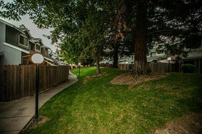 7636 LILY MAR LN, Antelope, CA 95843 - Photo 2