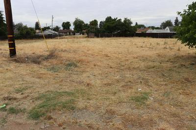2322 MAIN ST, Escalon, CA 95320 - Photo 1