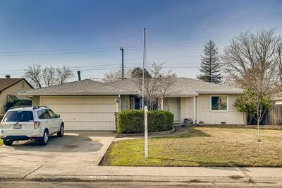 4963 J PKWY, Sacramento, CA 95823 - Photo 2