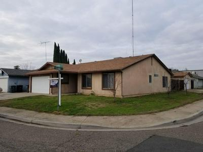 13247 BARNES AVE, Waterford, CA 95386 - Photo 1