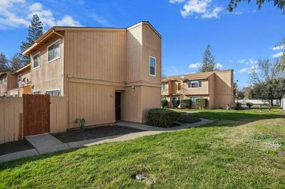 6101 BAMFORD DR, Sacramento, CA 95823 - Photo 2