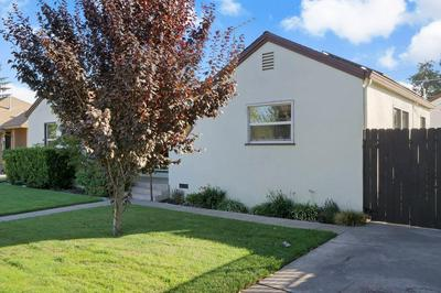 1328 S HUTCHINS ST, Lodi, CA 95240 - Photo 2