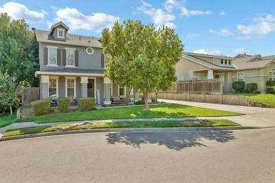 328 PLUMCREST CT, Oakdale, CA 95361 - Photo 2