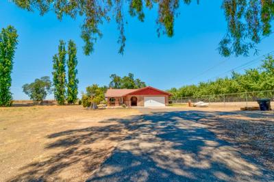 13973 YOSEMITE BLVD, Waterford, CA 95386 - Photo 1