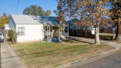 233 E 23RD ST, Merced, CA 95340 - Photo 2