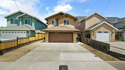225 S 6TH AVE, Oakdale, CA 95361 - Photo 1