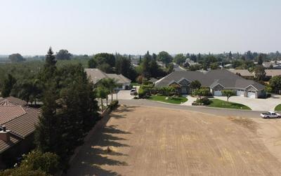 1780 AUTUMNWOOD CT, Escalon, CA 95320 - Photo 2