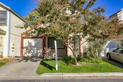 3121 NANTUCKET TER, Davis, CA 95618 - Photo 2
