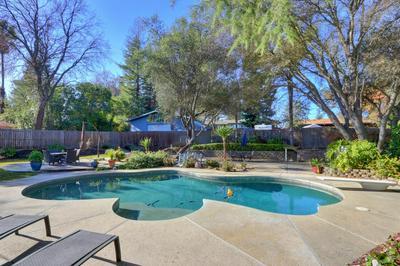 5794 HOFFMAN LN, Fair Oaks, CA 95628 - Photo 2