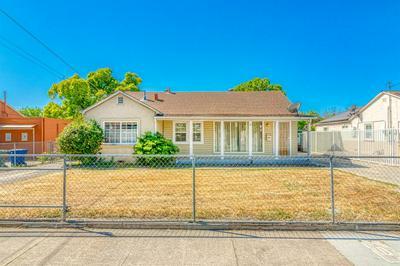 430 LAMPASAS AVE, Sacramento, CA 95815 - Photo 1
