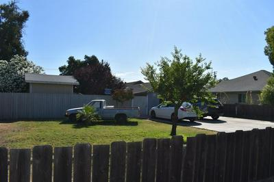 418 C ST, Waterford, CA 95386 - Photo 2