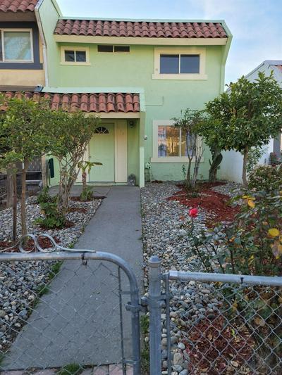 623 PALM CIR, Tracy, CA 95376 - Photo 1